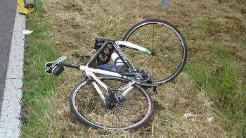 auto contro bicicletta