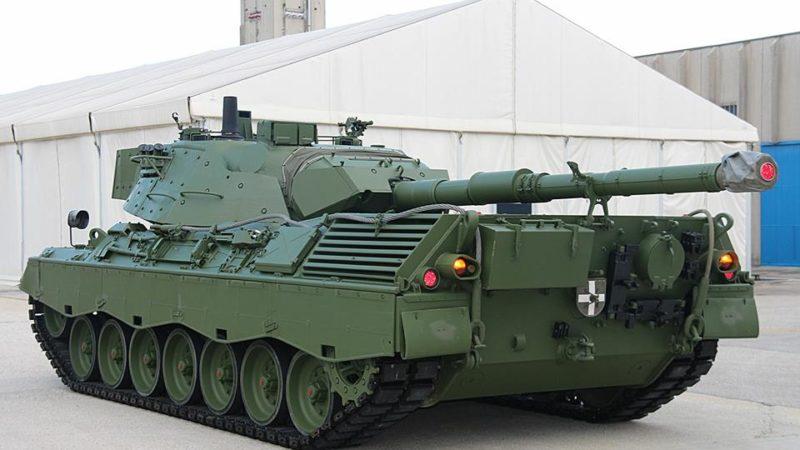 Foto carro armato leopard 81