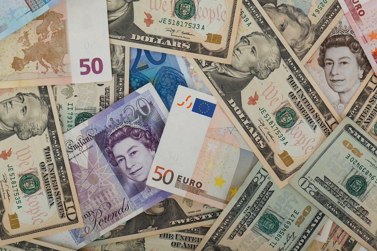 Banconote (Pixabay)